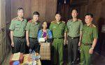 Thiếu tướng Nguyễn Ngọc Vân – Giám đốc Công an tỉnh thăm hỏi, tặng quà các gia đình chính sách, người có công nhân ngày Thương binh – Liệt sỹ