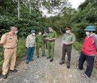 Công an huyện Phù Yên, tỉnh Sơn La khảo sát địa điểm thiết lập chốt kiểm soát vùng đỏ